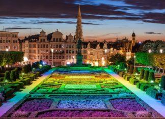 Panorama města z Bruselu od Monts des Arts | bukki88/123RF.com