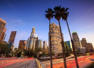 Downtown Los Angeles při západu slunce | f11photo/123RF.com