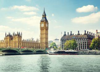 Oblíbený Big Ben v Londýně | iakov/123RF.com