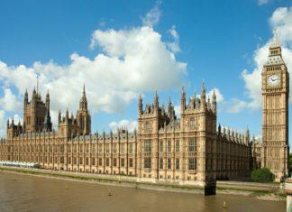 Westminsterský palác a Big Ben v Londýně | antonel/123RF.com